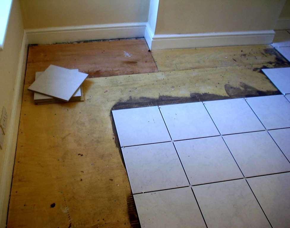 Что не обходимо мастерам для укладки плитки