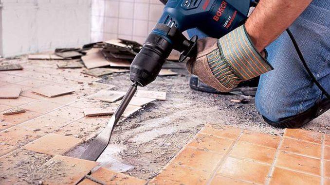 Демонтируем старую плитку