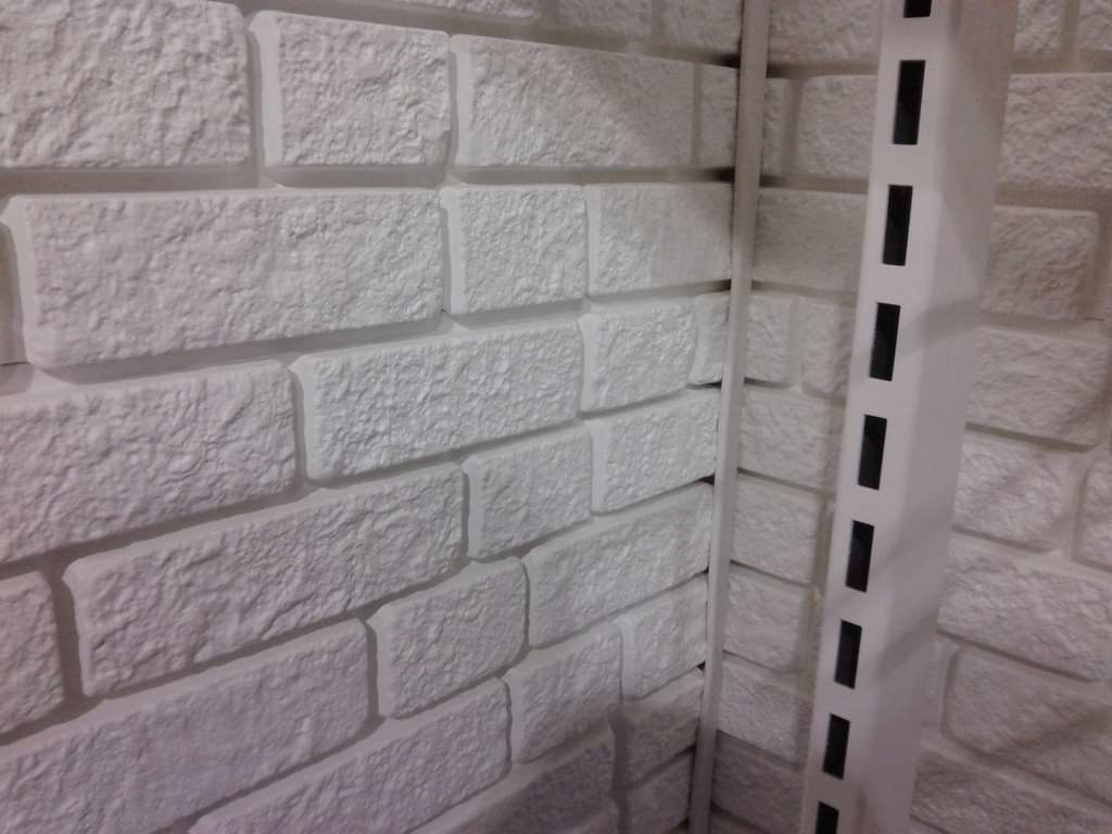 Применение пластиковых панелей в отделке дома